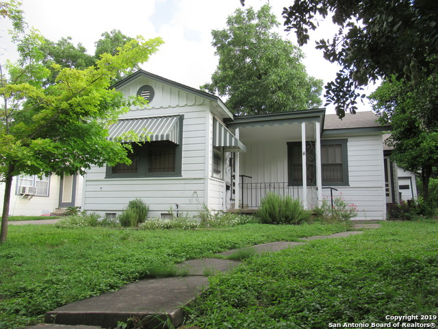 615 W Huisache Ave, 2 bed, 1 bath, at $169,500