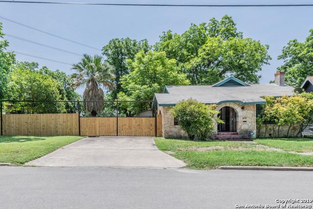 630 W Lynwood Ave, 3 bed, 1 bath, at $239,000