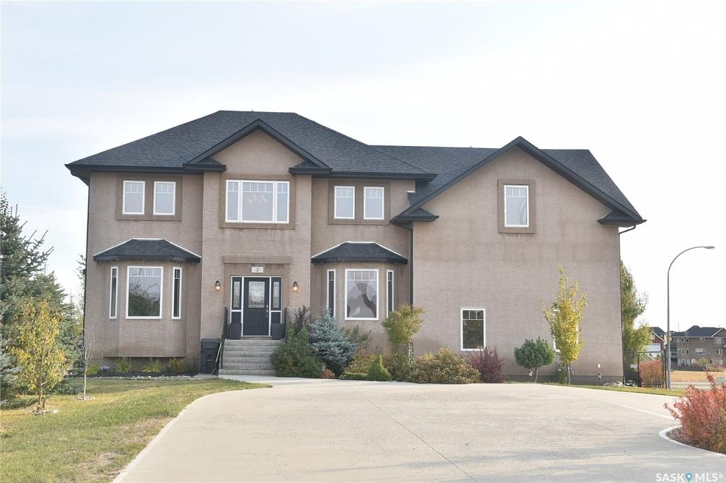 2 Fairway Crescent, 5 bed, 4 bath, at $609,900