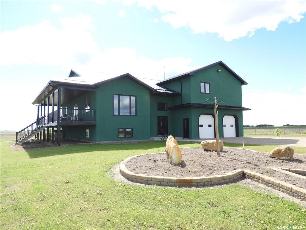 Warman acreage, 5 bed, 5 bath, at $997,900