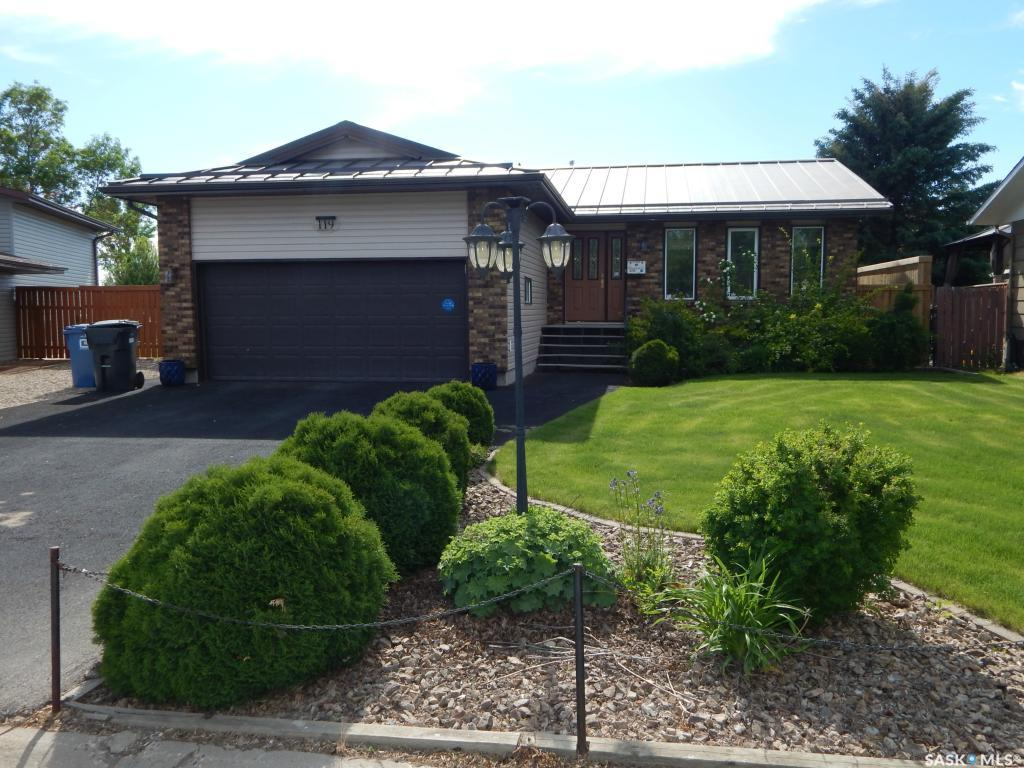 119 Montgomery Crescent, 3 bed, 3 bath, at $375,000