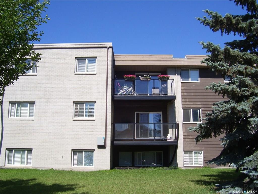 929 Northumberland Avenue #304, 2 bed, 1 bath, at $135,900