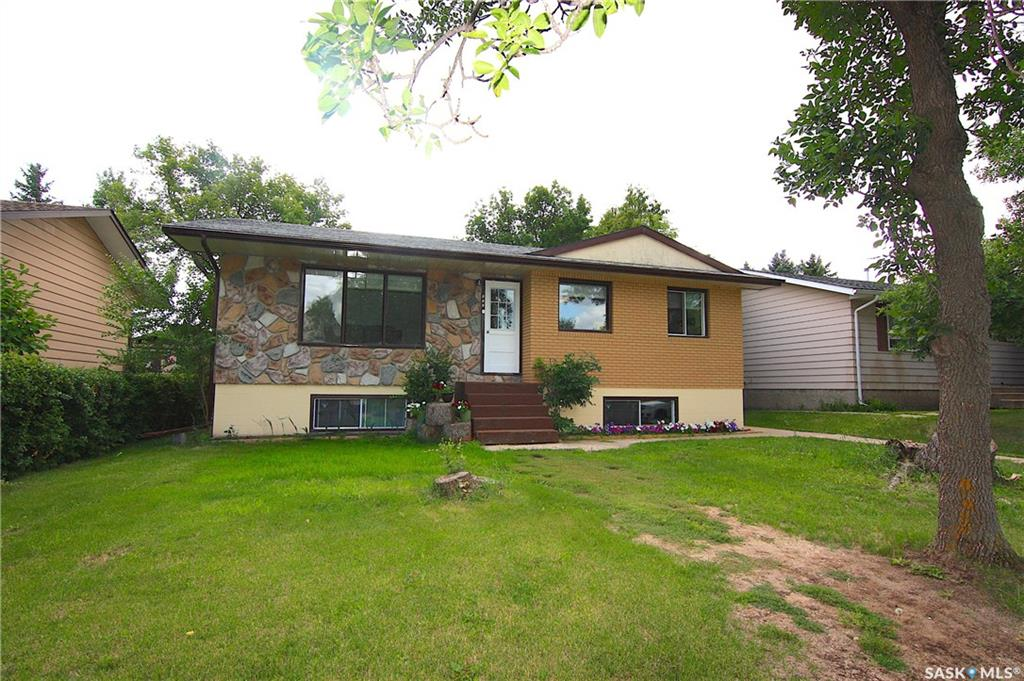457 30th Street, 5 bed, 2 bath, at $229,900