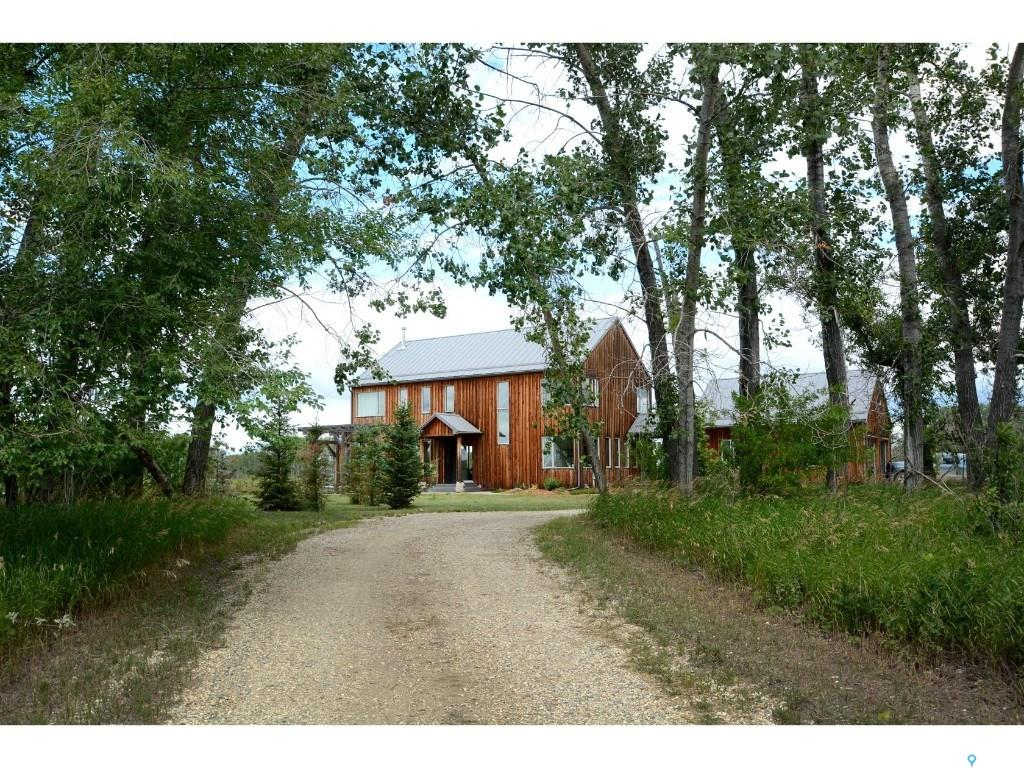 James Acreage on Victor Road, 4 bed, 4 bath, at $999,900