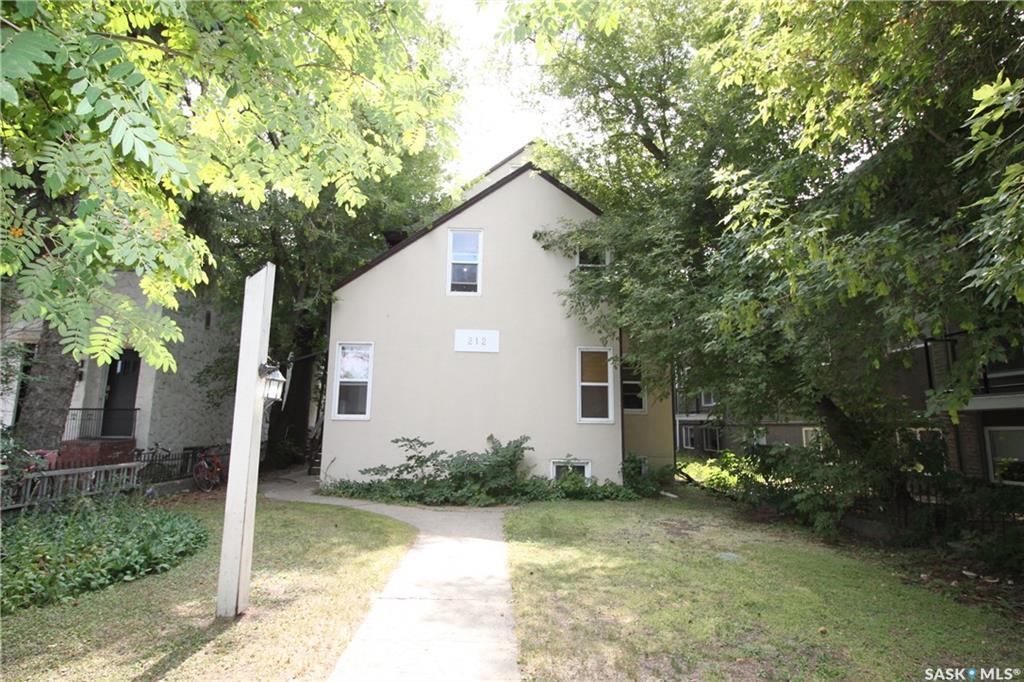 212 Saskatchewan Crescent, at $689,000