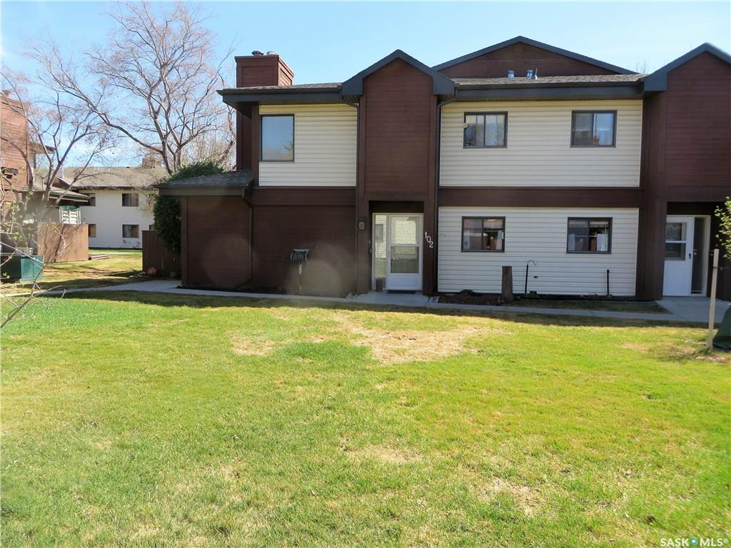 457 Pendygrasse Road #102, 2 bed, 1 bath, at $149,900