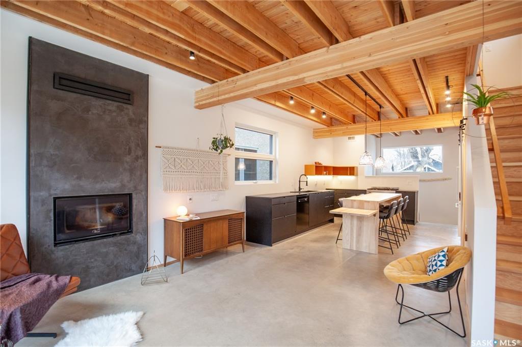120 28th Street, 2 bed, 1 bath, at $397,000