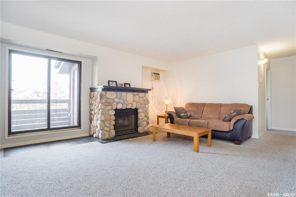 451 Pendygrasse Road #304, 1 bed, 1 bath, at $118,900