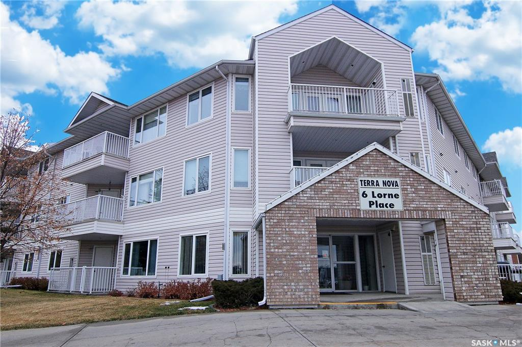 6 Lorne Place #104, 2 bed, 1 bath, at $219,000