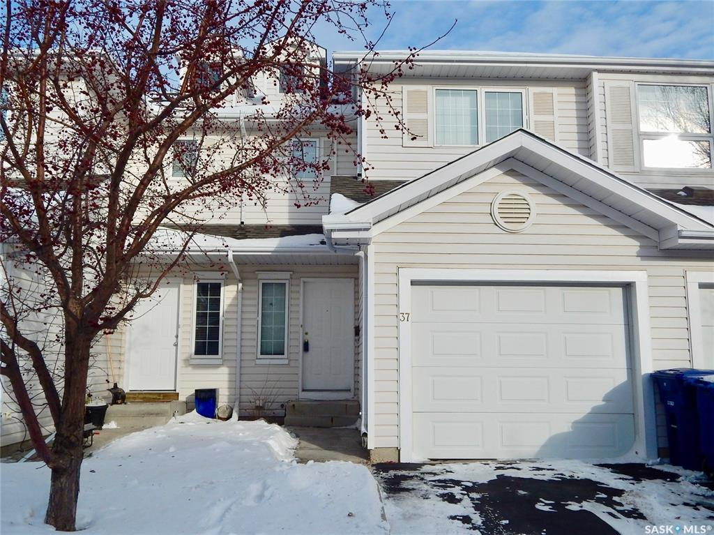 410 Keevil Crescent #37, 2 bed, 2 bath, at $234,900