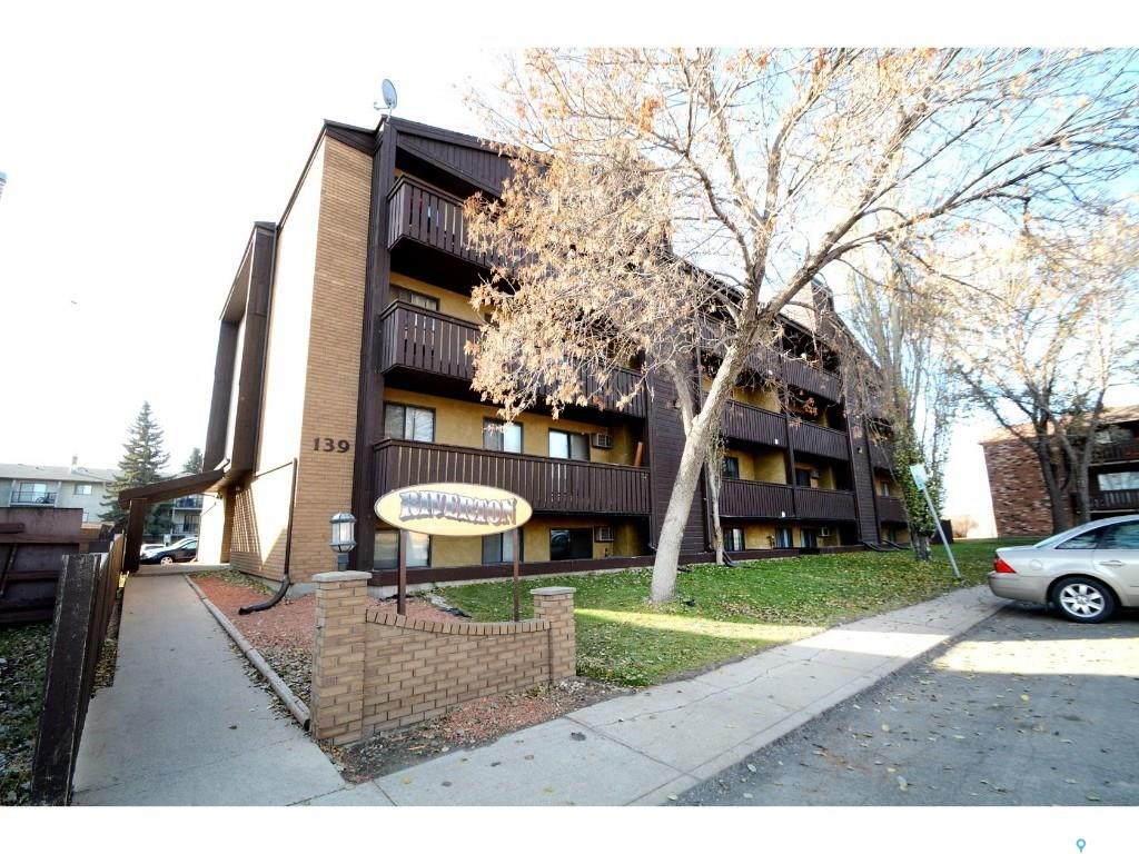 139 St Lawrence Court #107, 1 bed, 1 bath, at $99,900