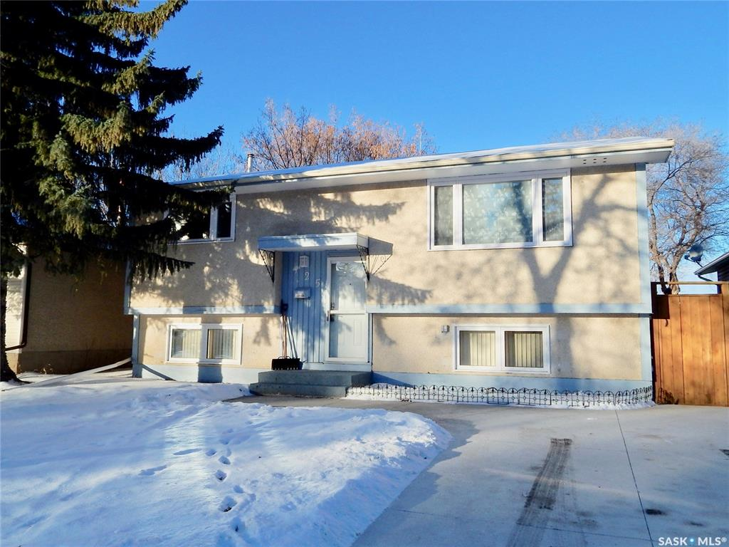 125 Mcmaster Crescent, 4 bed, 3 bath, at $329,900