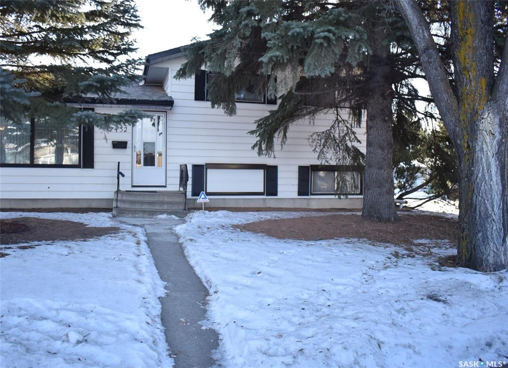2432 Eastview, 4 bed, 3 bath, at $339,900