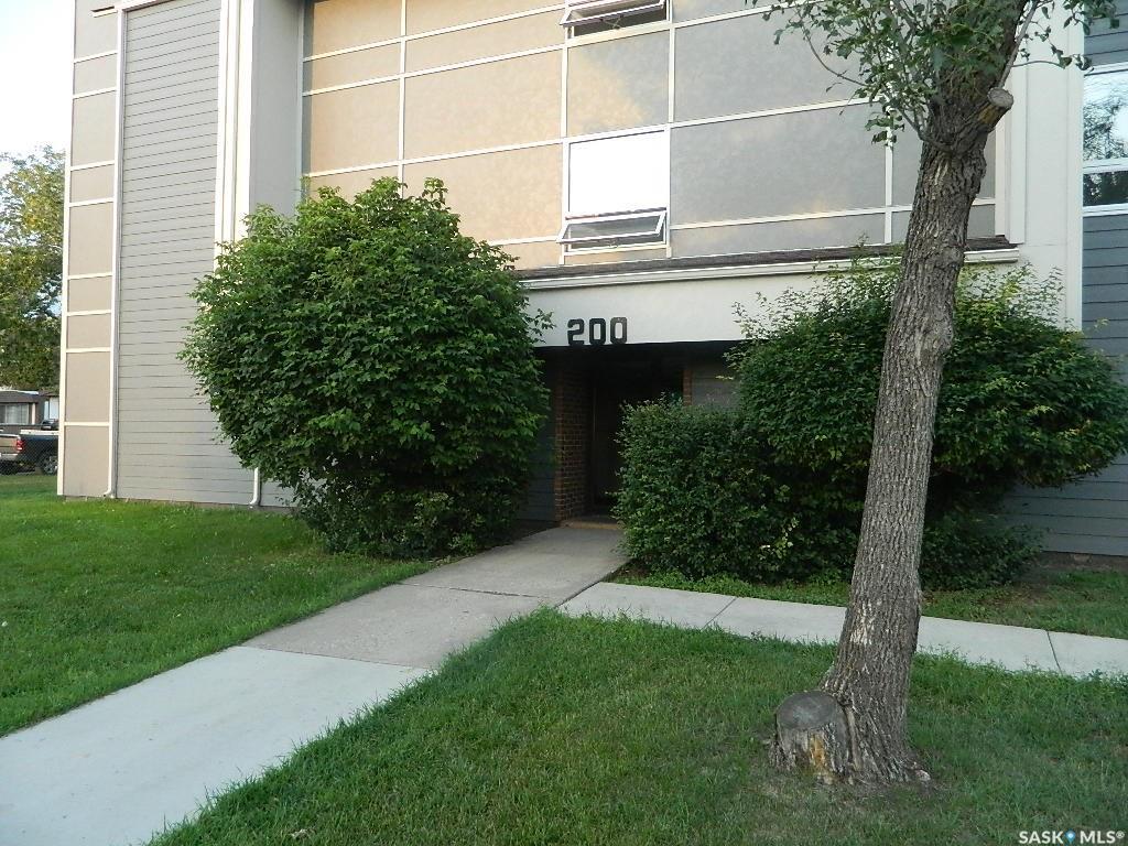510 Prairie Avenue #226, 3 bed, 1 bath, at $162,500