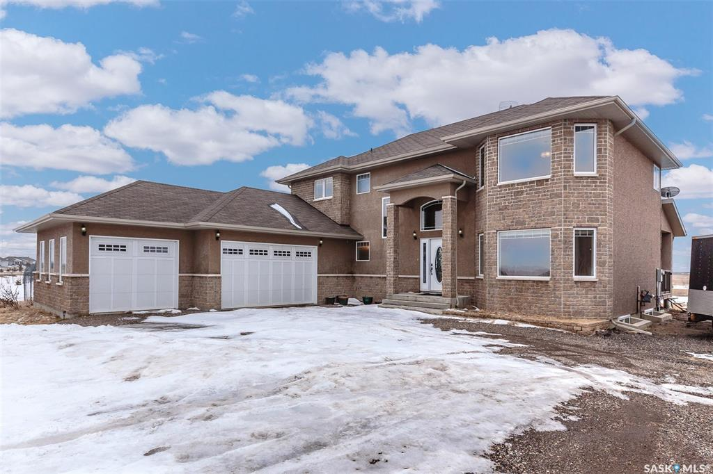 81 Cathedral Bluffs Bay, 4 bed, 4 bath, at $889,900