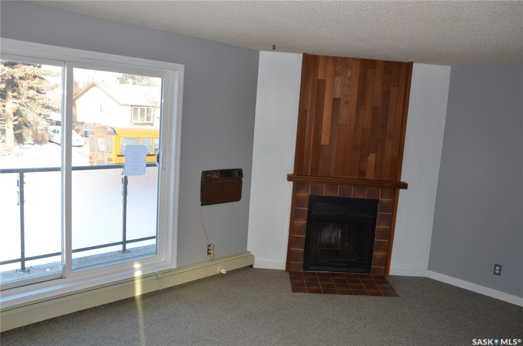 855 Wollaston Crescent #208, 2 bed, 1 bath, at $114,900