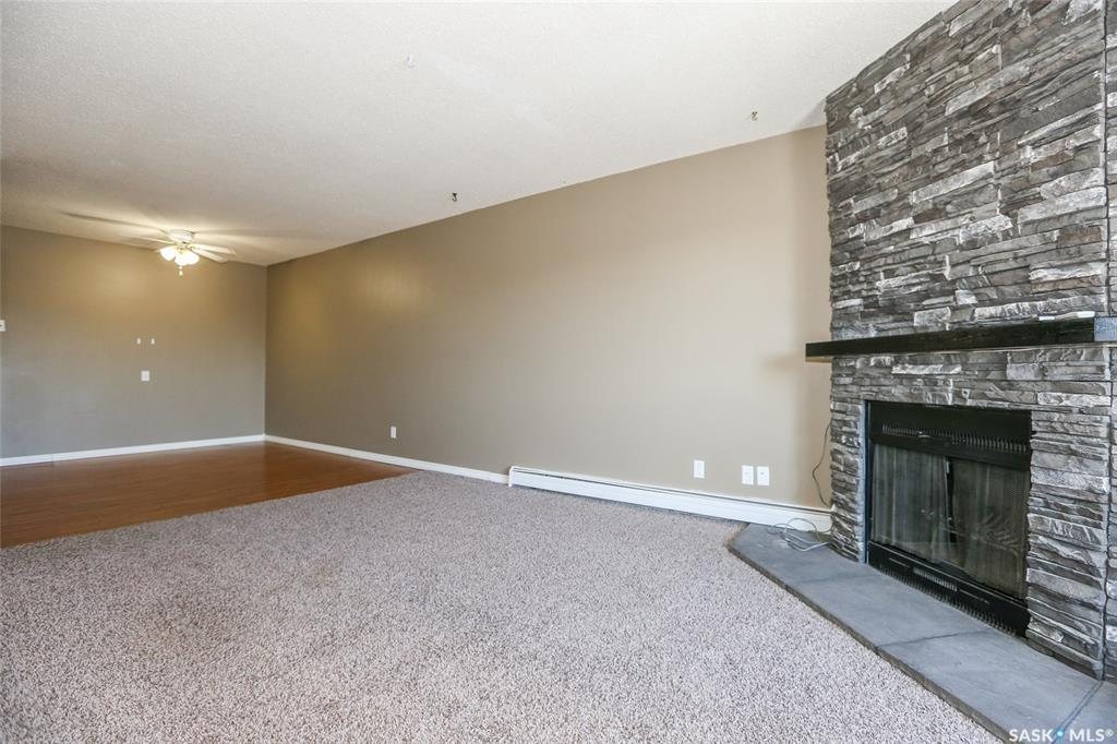 425 115th Street #1136, 3 bed, 1 bath, at $167,000
