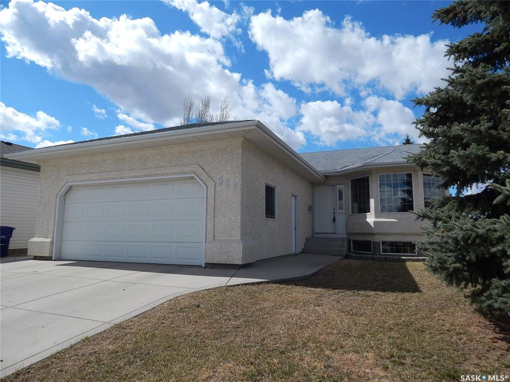 518 Nixon Crescent, 3 bed, 2 bath, at $369,900