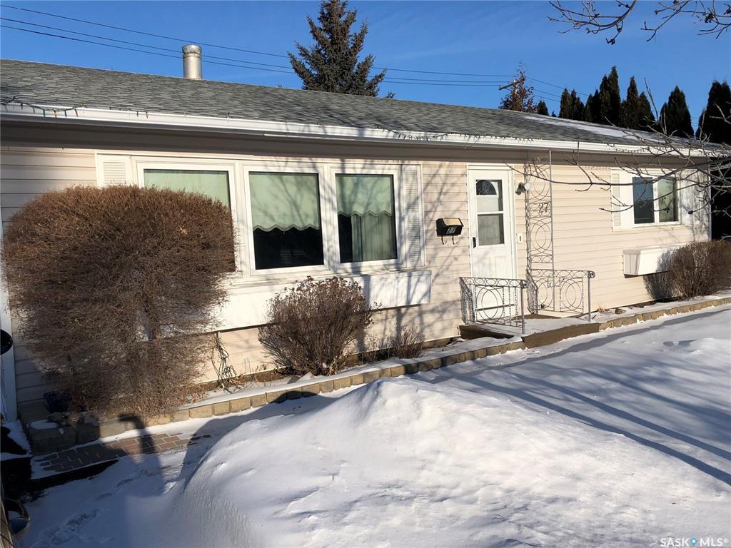 27 Lindsay Drive, 3 bed, 2 bath, at $299,900