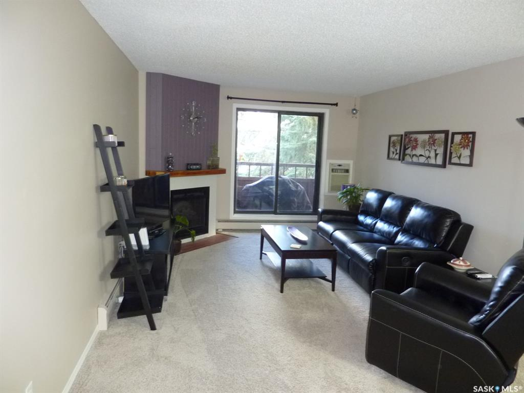 802 B Kingsmere Boulevard #207, 2 bed, 1 bath, at $115,900