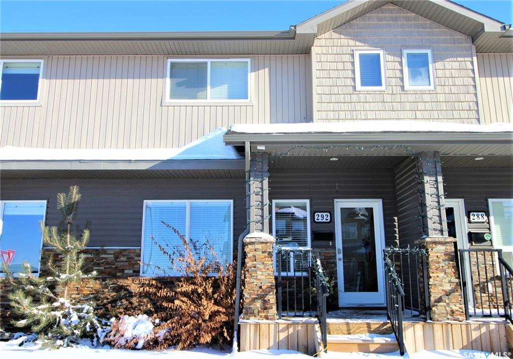 292 Willowgrove Lane, 3 bed, 4 bath, at $339,900