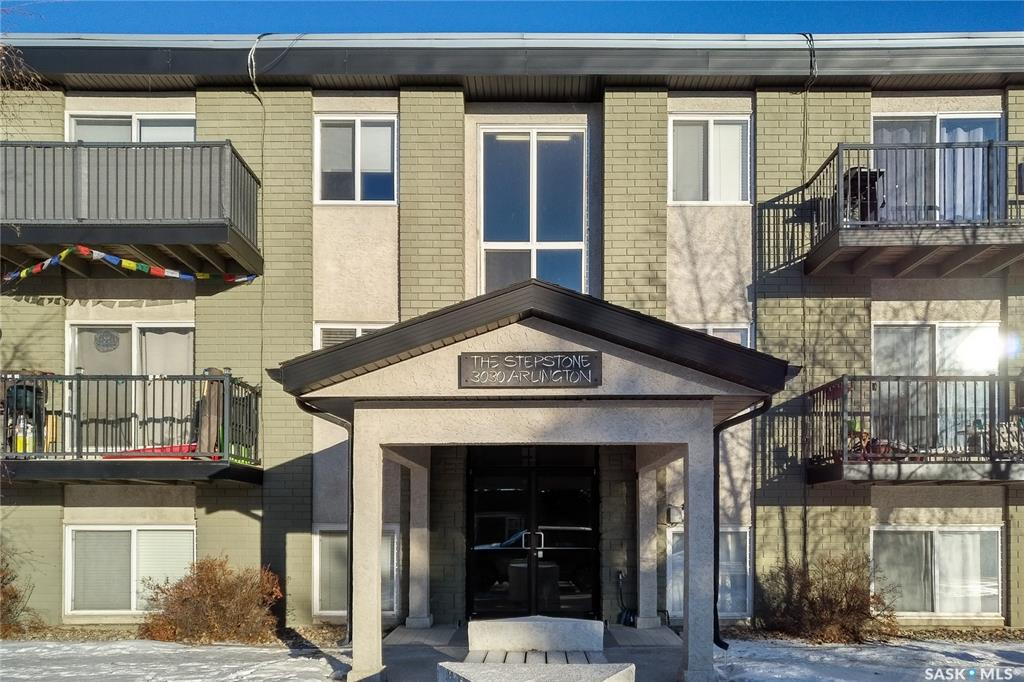 3030 Arlington Avenue #7, 2 bed, 1 bath, at $182,000