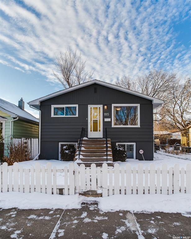1115 I Avenue, 3 bed, 2 bath, at $274,900