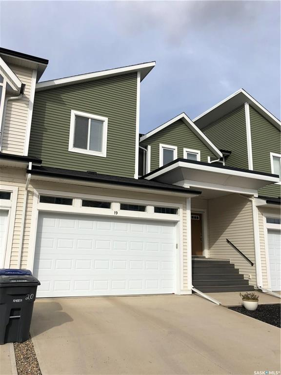 600 Maple Crescent #19, 3 bed, 3 bath, at $309,900