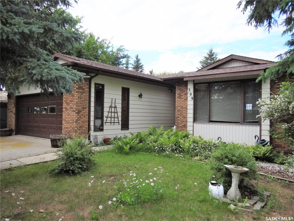 309 Tracksell Avenue, 3 bed, 3 bath, at $225,000