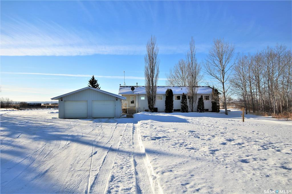 RM of Mayfield Acreage, 5 bed, 3 bath, at $429,900