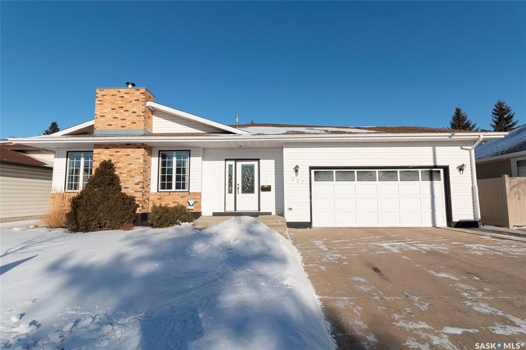 327 Gustin Crescent, 5 bed, 3 bath, at $454,900