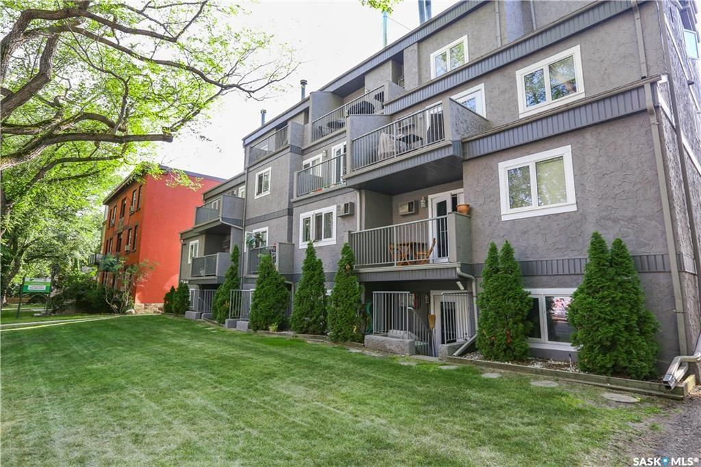 431 4th Avenue #403, 2 bed, 1 bath, at $239,900