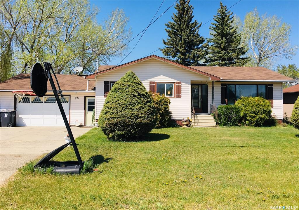 531 Saskatchewan Avenue, 5 bed, 3 bath, at $164,900