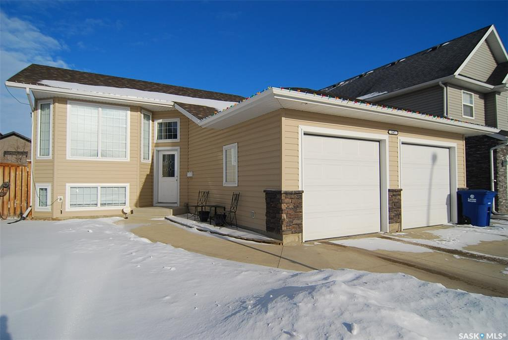 247 Greenfield Crescent, 4 bed, 3 bath, at $409,900