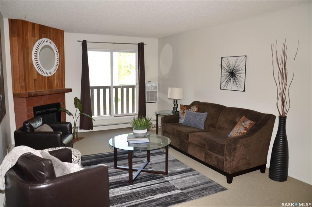 425 115th Street #1526, 3 bed, 1 bath, at $158,500