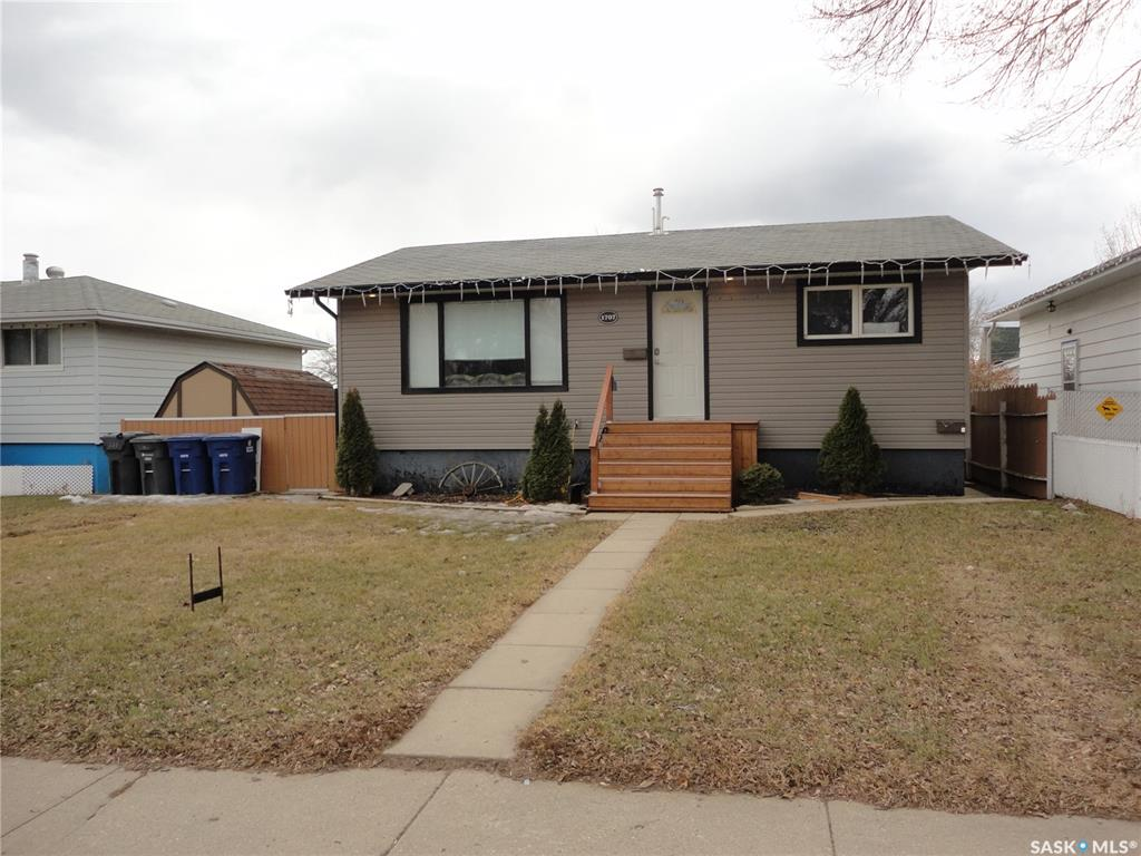 1707 18th Street, 3 bed, 2 bath, at $259,900
