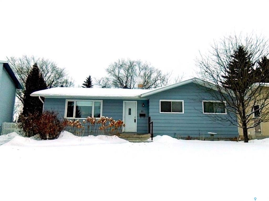 51 St Lawrence Crescent, 3 bed, 2 bath, at $339,000