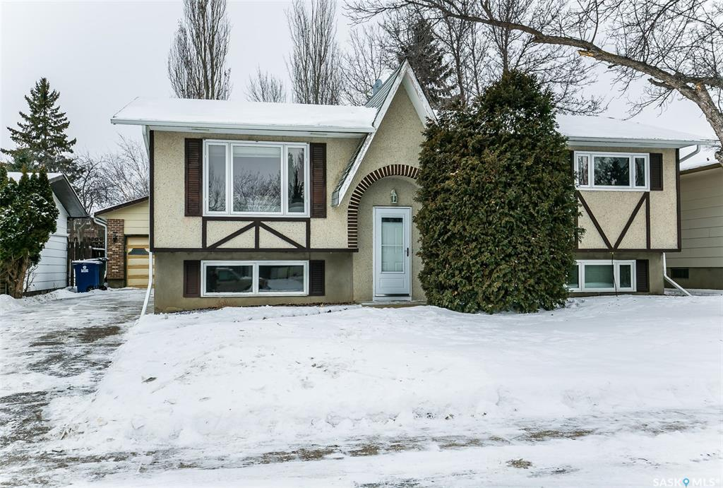 223 Tennant Crescent, 4 bed, 2 bath, at $379,900