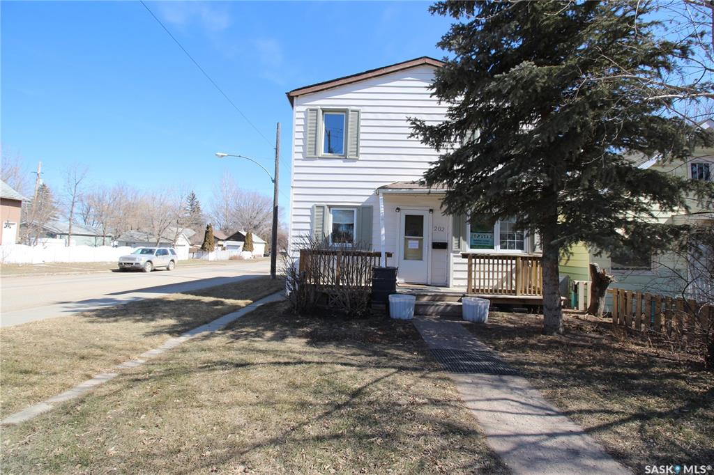 202 L Avenue, 4 bed, 2 bath, at $269,900