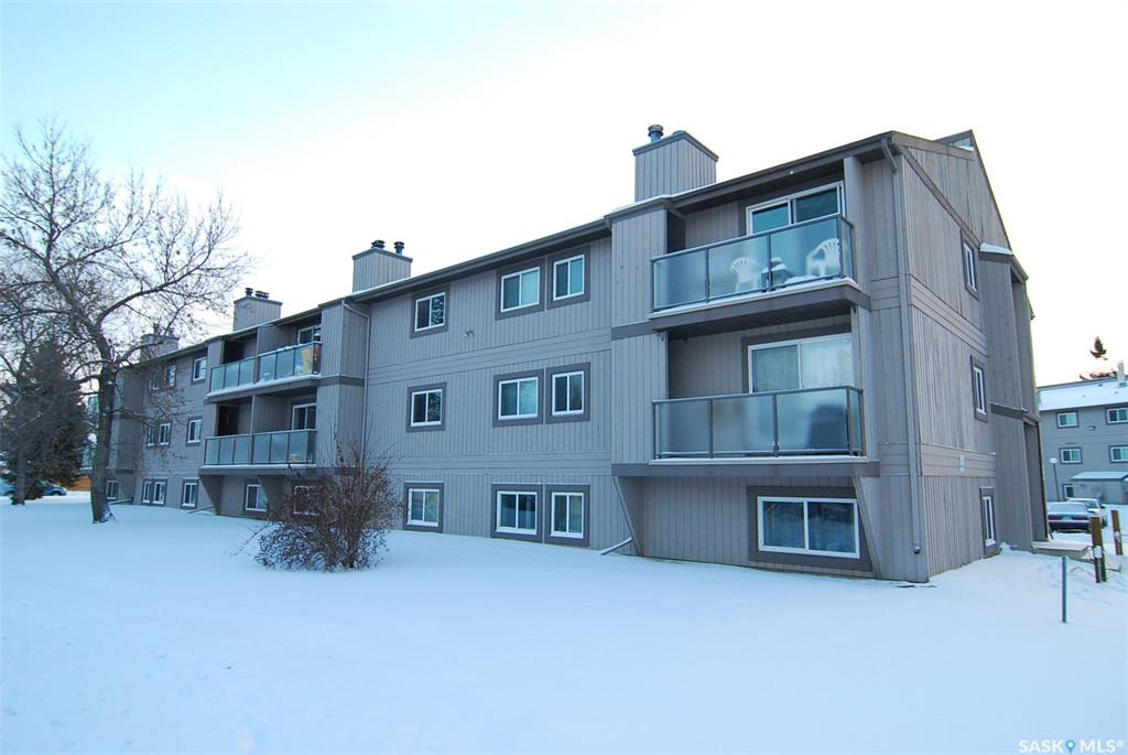 855 Wollaston Crescent #202, 2 bed, 1 bath, at $129,900