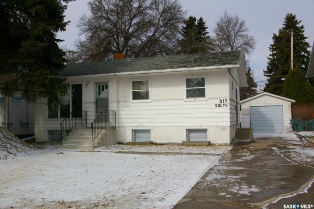 314 Cumberland Avenue, 3 bed, 2 bath, at $374,900