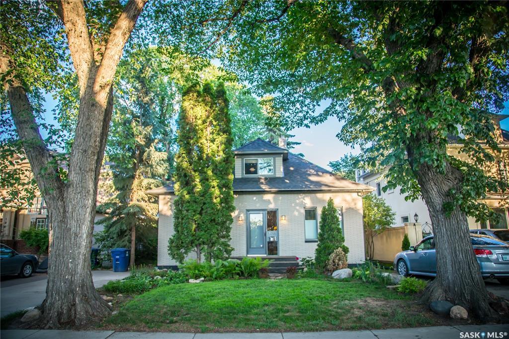 108 Saskatchewan Crescent, 5 bed, 3 bath, at $699,900