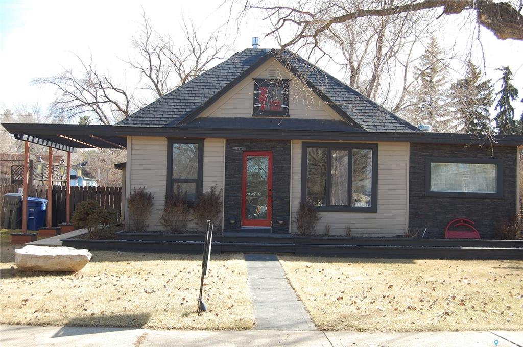 204 2nd Street, 3 bed, 1 bath, at $214,900