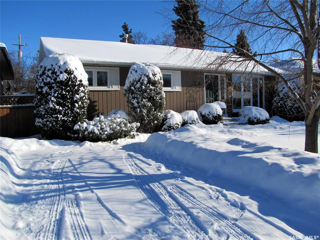 1921 Louise Avenue, 3 bed, 2 bath, at $329,900