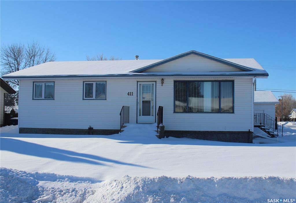 411 8th Avenue, 3 bed, 1 bath, at $249,900