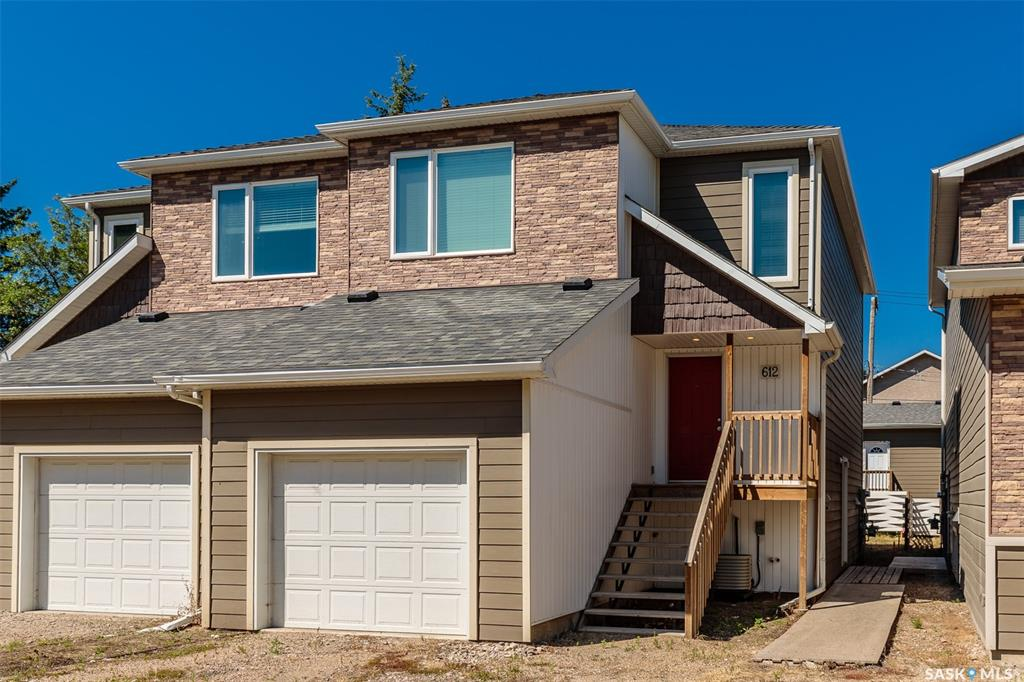 612 Central Avenue, 5 bed, 4 bath, at $339,900
