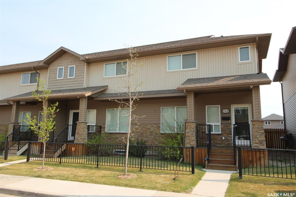 252 Willowgrove Lane, 2 bed, 3 bath, at $309,000
