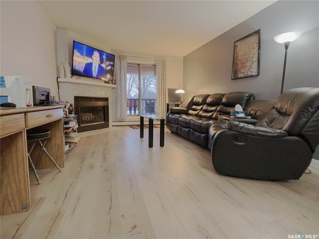 126 Edinburgh Place #113, 2 bed, 1 bath, at $184,900