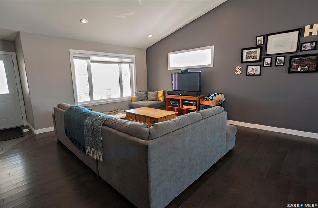 8 Heritage Drive, 3 bed, 2 bath, at $379,500