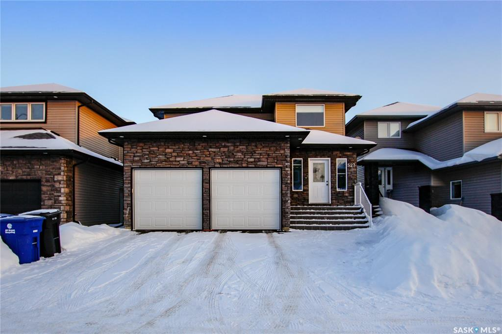 527 Klassen Crescent, 3 bed, 3 bath, at $419,900